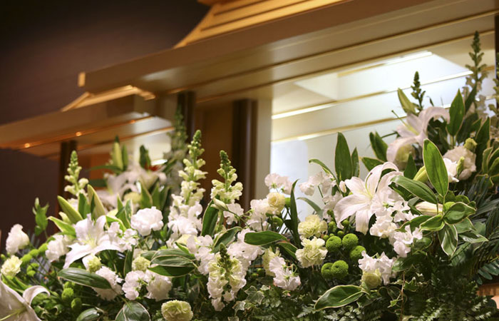 家族葬ホール夢想庵祭壇 愛媛県松山市の葬儀式場 株式会社ドリーマー